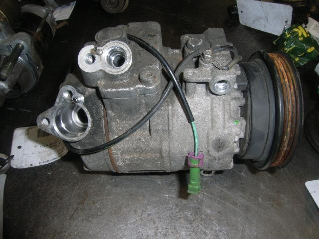 Klimakompressor VW Passat Variant (3B6) 126000 km VW8D0260808