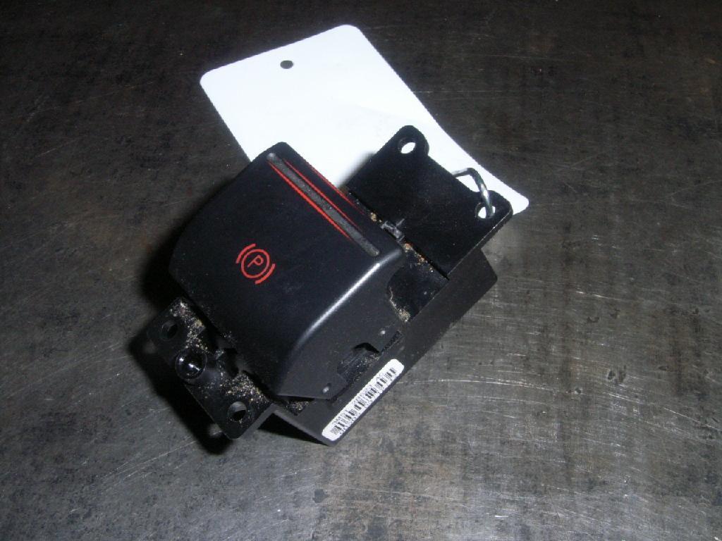 Schalter Elektrische Feststell- Handbremse NYNV2578 | Autoteile-Markt.de