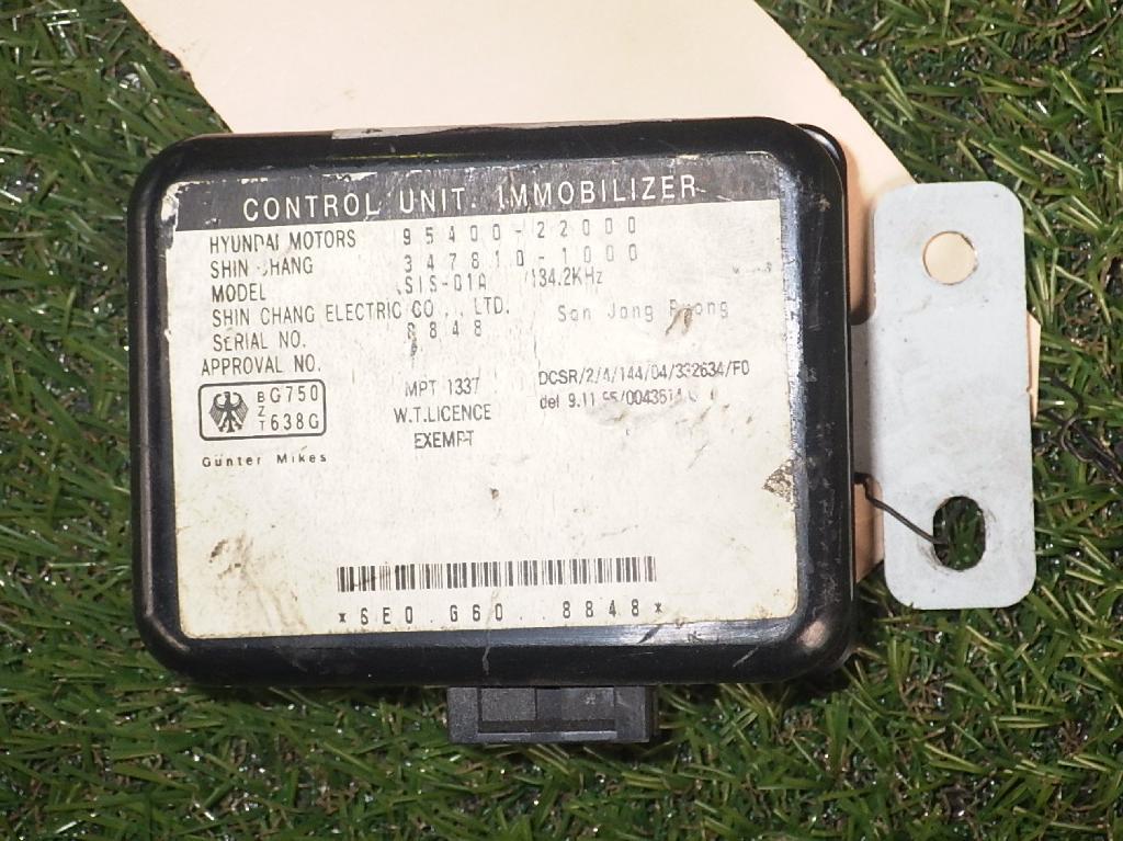 Steuergerät HYUNDAI Accent I (X-3) 1.3 55 kW 75 PS (10.1994-01.2000) 3478101000