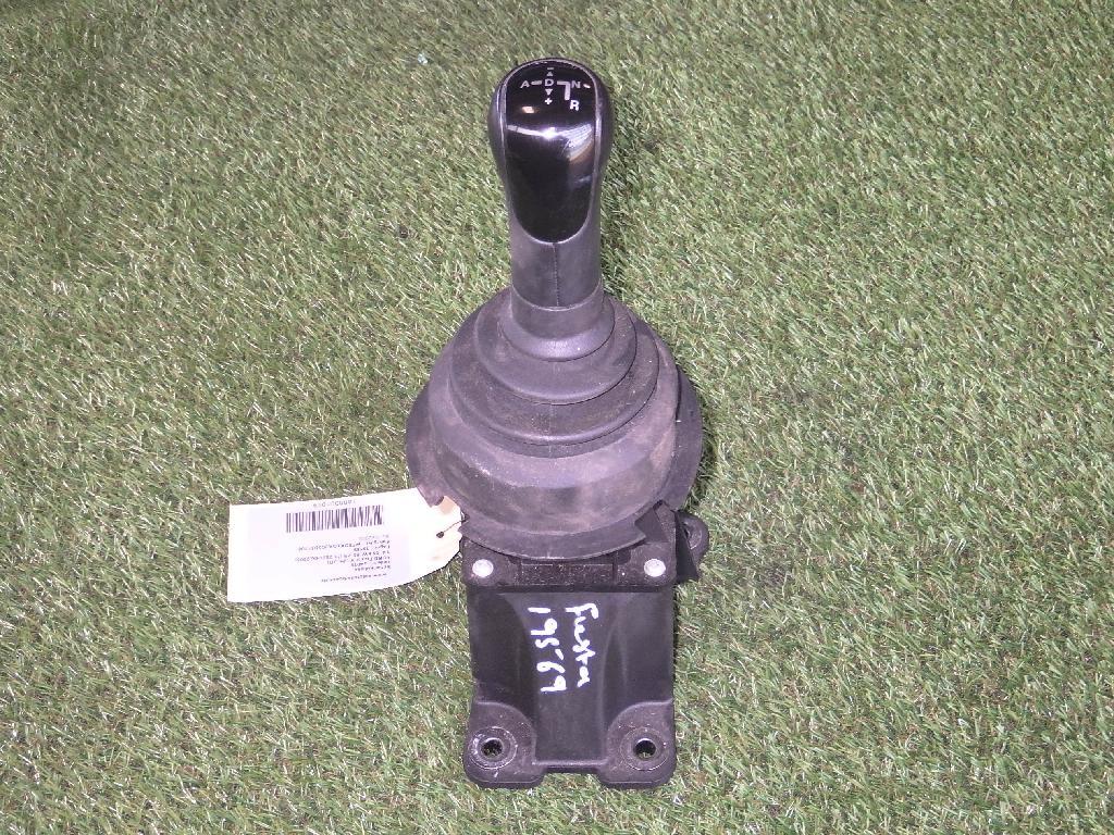 Schaltkulisse FORD Fiesta V (JH, JD) 1.4 59 kW 80 PS (11.2001-06.2008) 2S617277BB