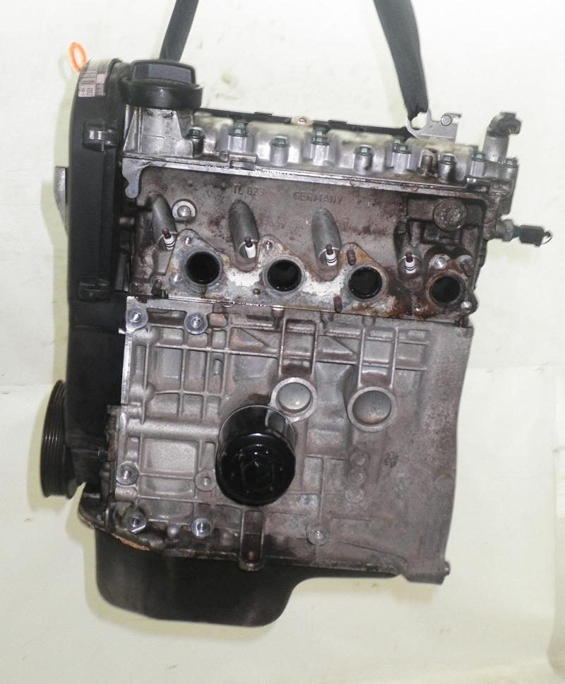 Motor ohne Anbauteile (Benzin) VW Polo III (6N2) 1.0 37 kW 50 PS (10.1999-09.2001) Bild 3