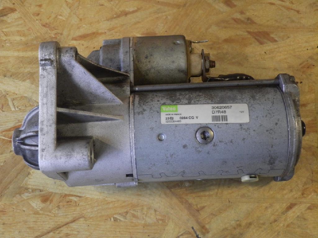 Anlasser VOLVO V40 (V) 1.9 D 85 kW 116 PS (07.2000-06.2004) 30620657