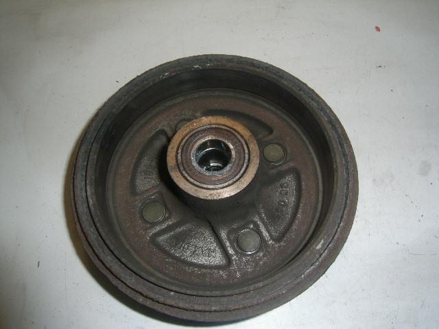 Bremstrommel links hinten SUZUKI Swift II Schrägheck (EA) 1.3 50 kW 68 PS (03.1989-05.2001) Bild 1