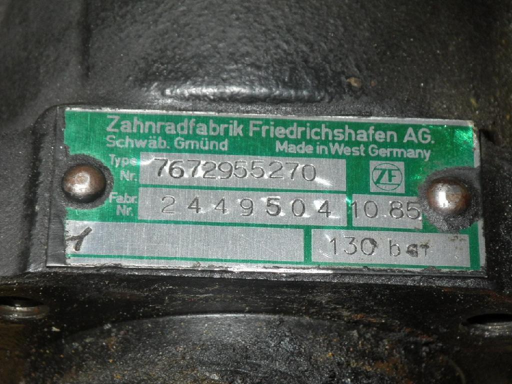 93113 Servopumpe Lenkhilfepumpe BMW 7er 735i 141 kW 2449504 7672955270 ZF 2449504 Bild 2