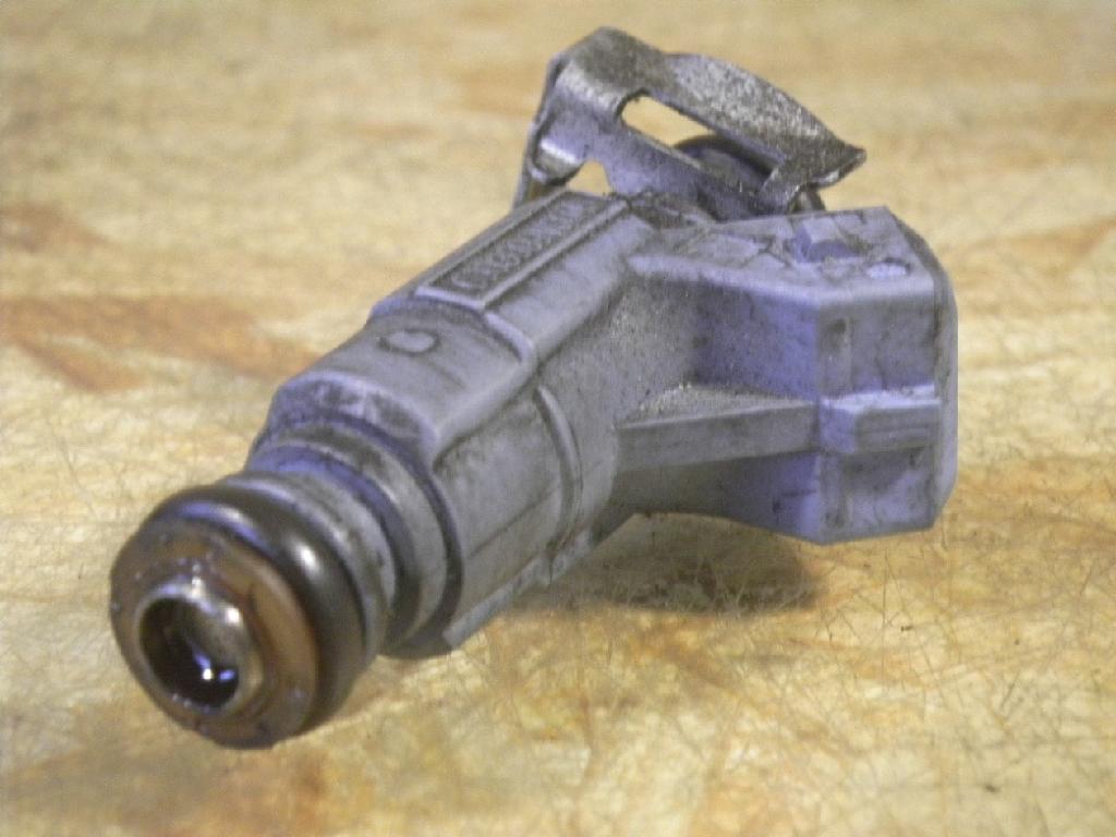 3314 Einspritzdüse Injektor SMART (MC 01) 0.6 40 kW 0003099V004 0280155814 0003099V004