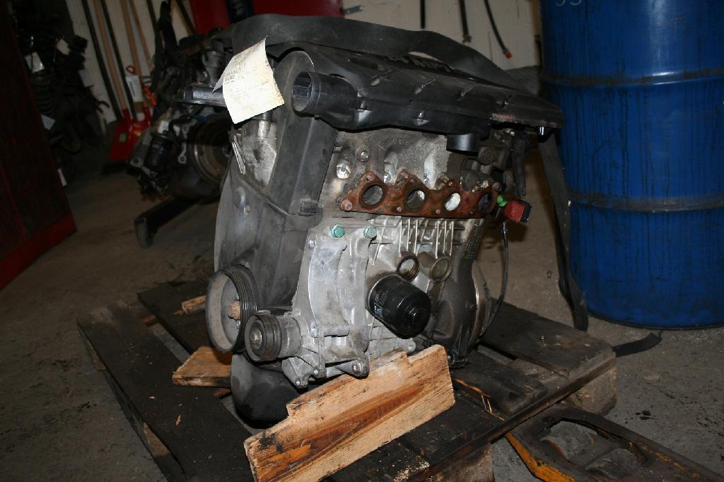 Motor ohne Anbauteile (Benzin) VW Polo III (6N2) 1.4 44 kW 60 PS (10.1999-09.2001) Bild 4