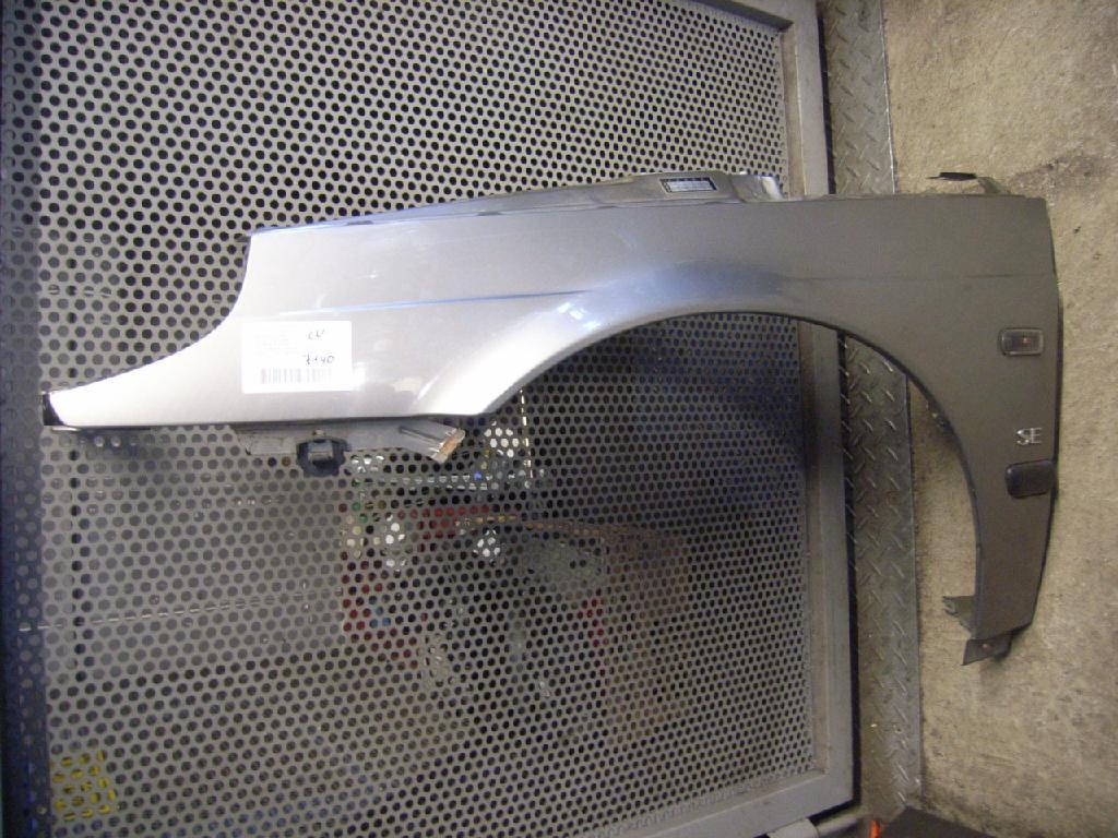 Kotflügel links vorne SAAB 9-5 (YS3E) 2.3t 136 kW 185 PS (01.2001-> )