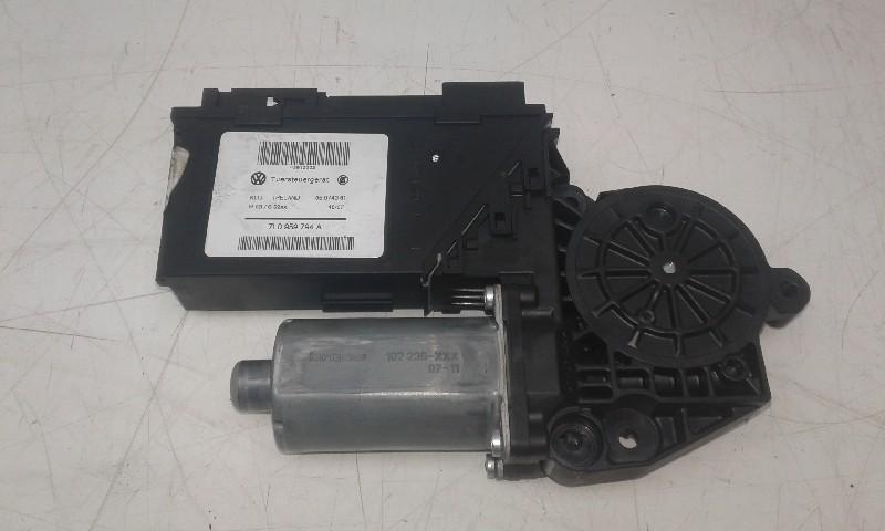 A04XR04 Motor Fensterheber PORSCHE Cayenne (955) 7L0959794A