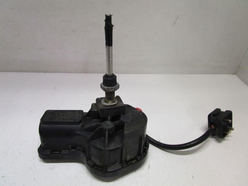 Wischermotor Scheinwerfer links  MERCEDES-BENZ KOMBI KOMBI (S124) 300 TE (124.090) 138 KW 1248200942