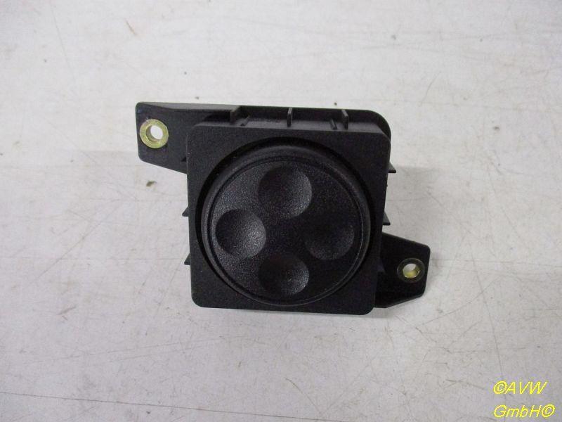 Schalter Sitzverstellung vorne Links / Rechjts AUDI A6 AVANT (4B, C5) 2.5 TDI 110 KW 8L0959777A