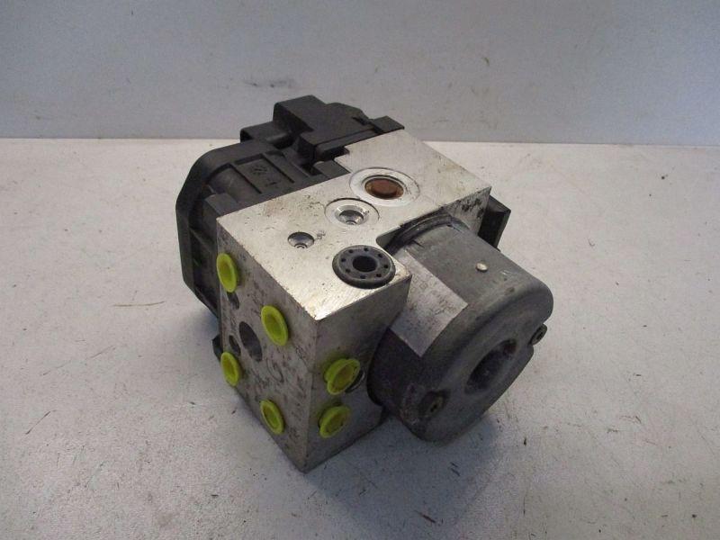 Bremsaggregat ABS  HONDA CIVIC VII HATCHBACK (EU, EP, EV) 1.4IS 66 KW 0265216895