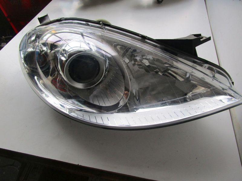Hauptscheinwerfer rechts Klappe fehlt Kratzer siehe Bild MERCEDES-BENZ A-KLASSE (W169) A 150 70 KW 0301197212