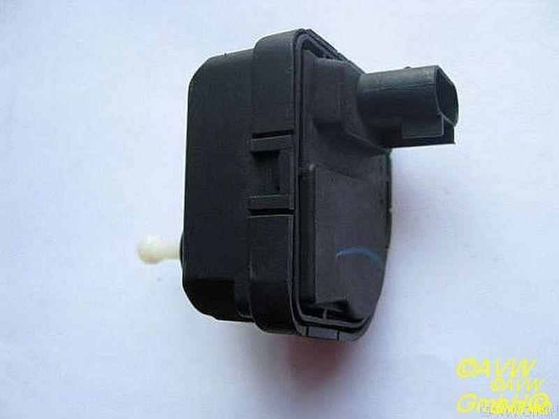 Stellmotor Leuchtweiteregulierung  OPEL VECTRA B (36_) 1.6I 55 KW 0307852335
