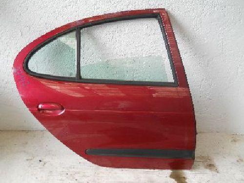 Tür hinten rechts Rot Met. RENAULT MEGANE I (BA0/1_) 1.4 ECO (BA0 52 KW