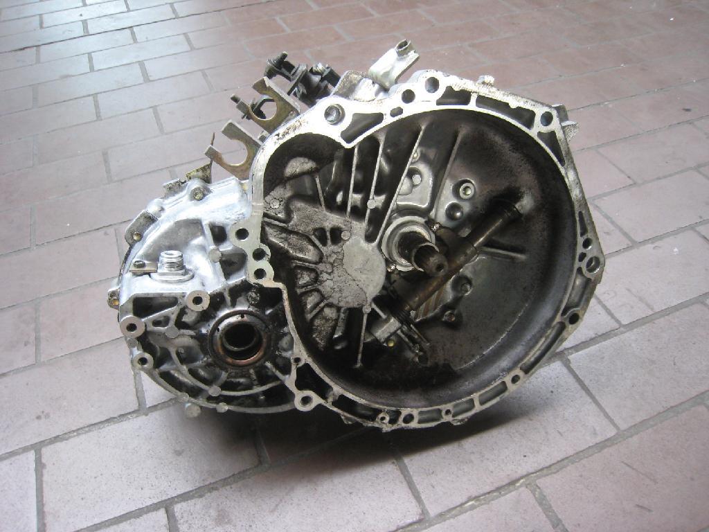 Schaltgetriebe 5-GANG Isuzu Gemini