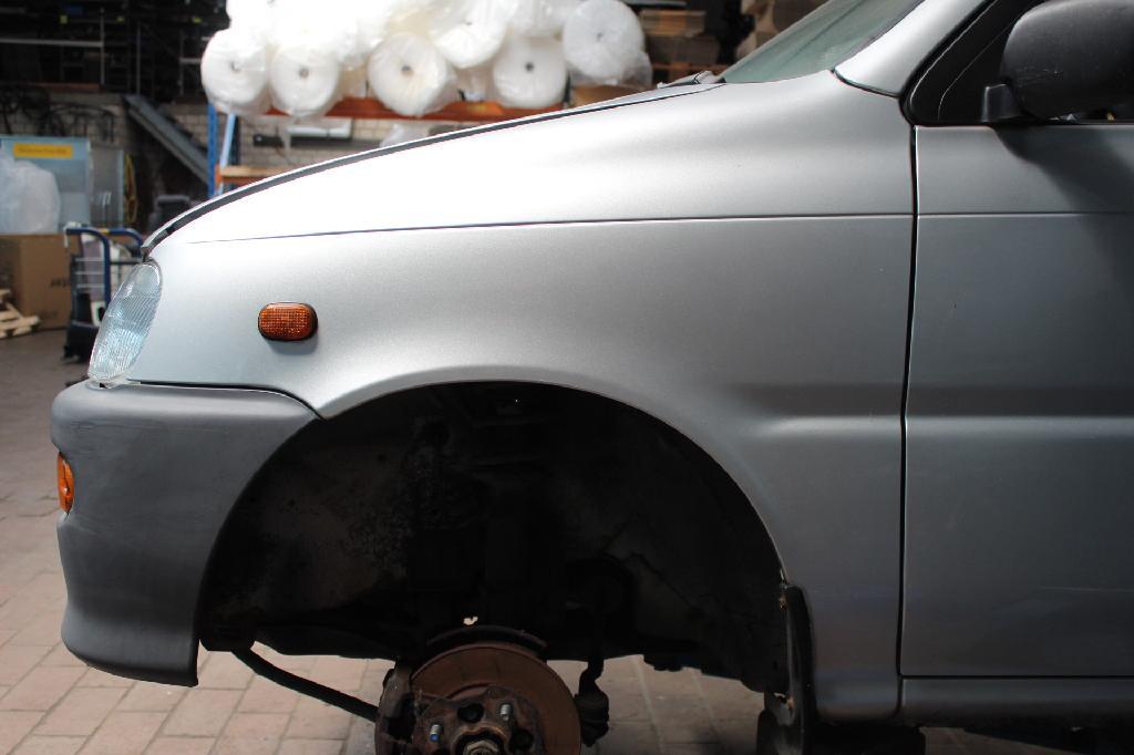 Kotflügel Links Daihatsu Cuore