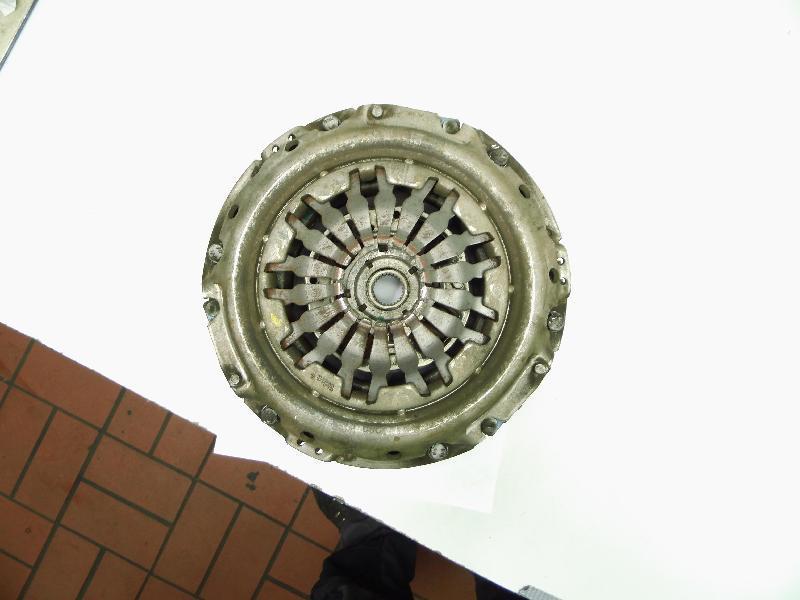 Kupplungssatz 8201067155 (Getriebe 5-Gang JR5 1.5 Diesel(1461ccm) 80/81kW HSAF K9K856 HSAF K9K856)