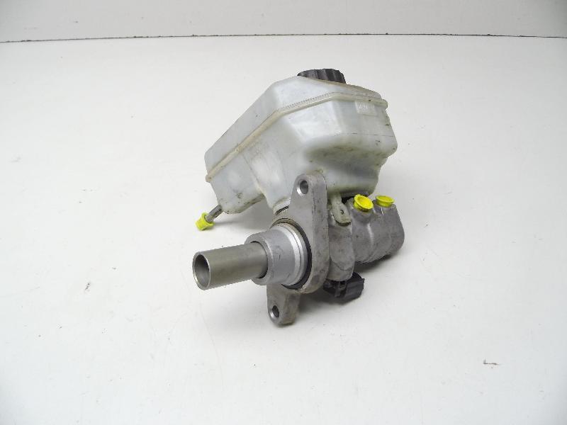 Hauptbremszylinder mit Behälter 3C1611301 (2,0 Diesel(1968ccm) 103kW BMP BMP)