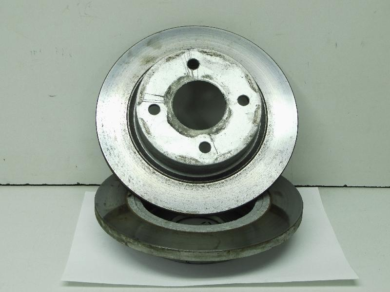 Bremsscheiben vorne Satz Nissan Micra (Typ:K11)