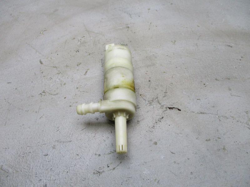 Wischwasserpumpe Pumpe Waschanlage Scheinwerferreinigung KIA SORENTO I (JC) 2.5 CRDI 103 KW Bild 1