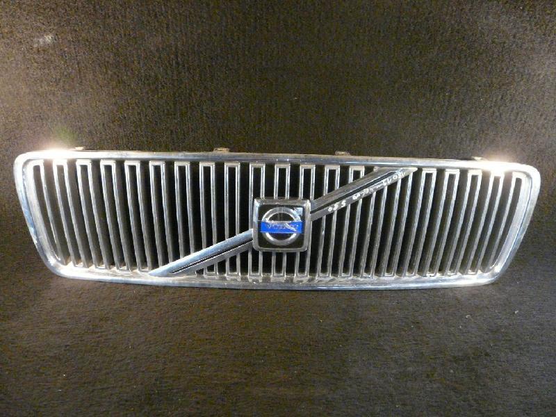 Kühlergrill Volvo S80 2.4 125kw Volvo S80 Lim. (Typ:T) S 80 *