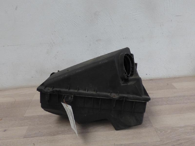 Luftfiltergehäuse 1,8 20V 92kW Seat Toledo Lim (Typ:1M)