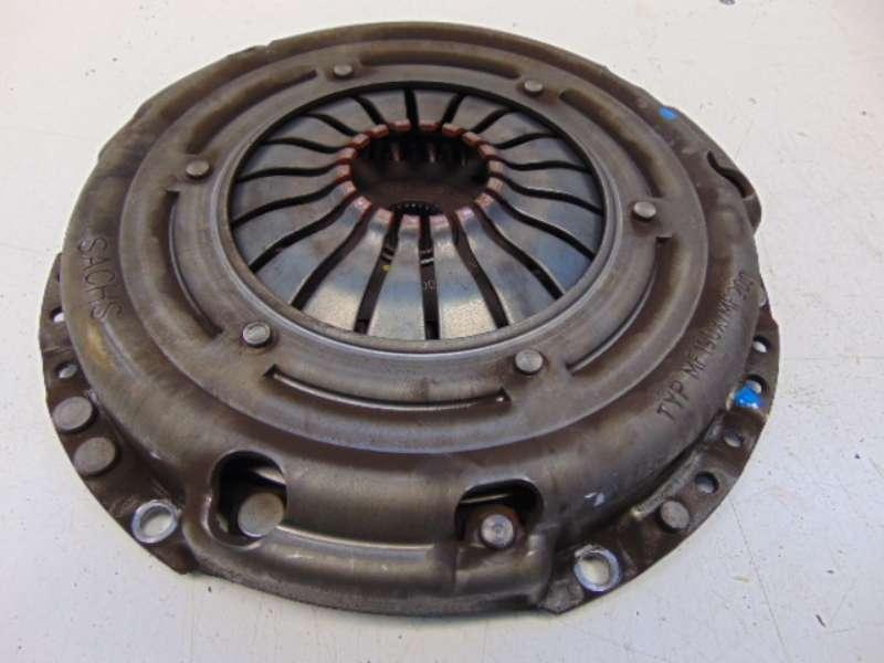 Kupplung Druckplatte Mitnehmerscheibe (Getriebe 5-Gang)