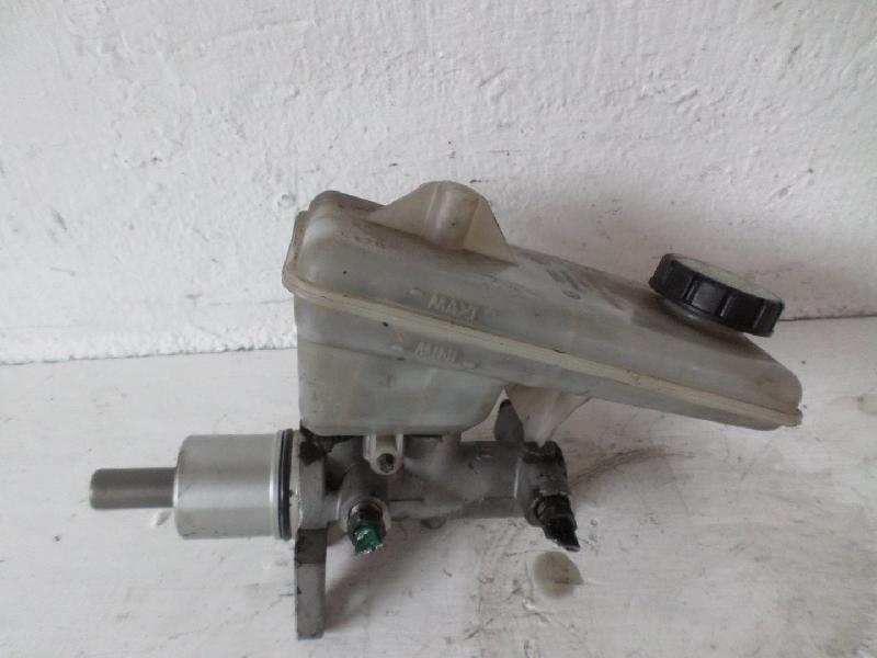 Hauptbremszylinder Nissan Primstar / Opel Vivaro (1,9 Diesel(1870ccm) 74kW F9Q F9Q-760)