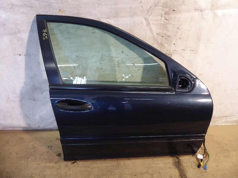 Mercedes C-Klasse W203 Kombi  Türe vorne rechts , Beifahrertüre komplett 189 schwarz
