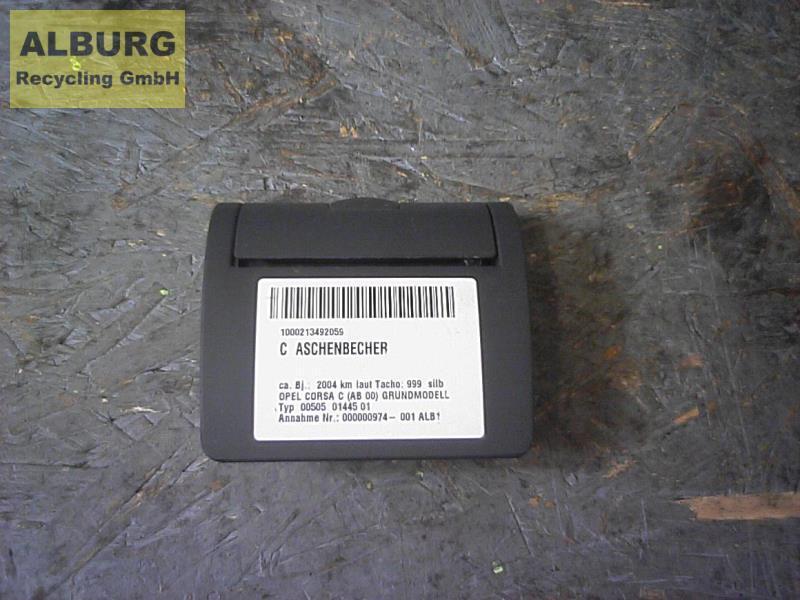Aschenbecher KEINE ANGABE Opel Corsa C (Ab 00) BJ: 2004 Bild 1
