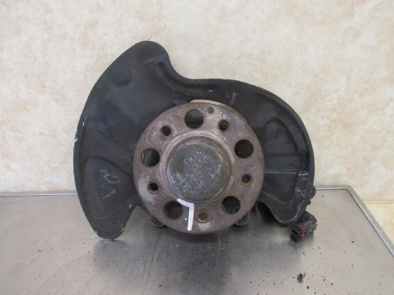Achsschenkel vorn links (1998ccm/95KW, M 111.951 Getriebe 5-Gang Automatik)