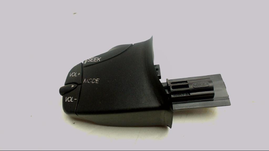 Schalter Radiobedienteil Ford Focus  98AB14K147AC