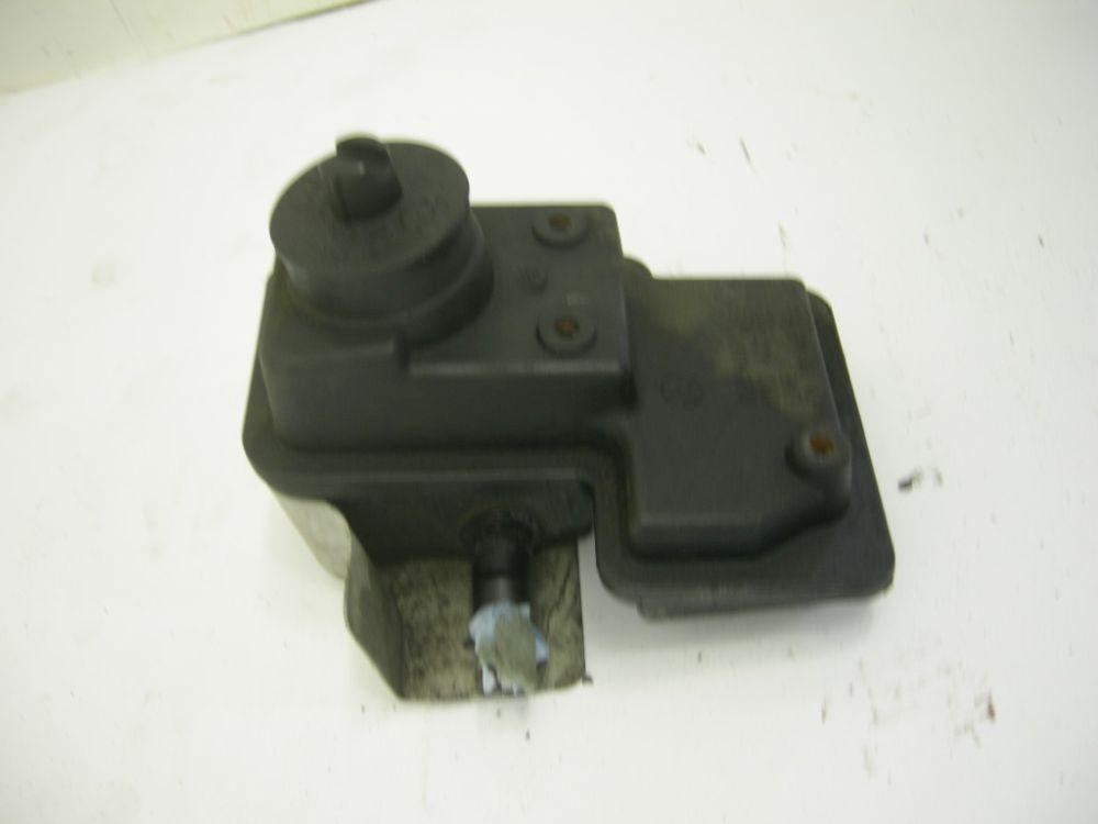 Ausgleichsbehälter VW POLO 6N 6N0422371 1.3 Benzin 06/1995 Bild 1