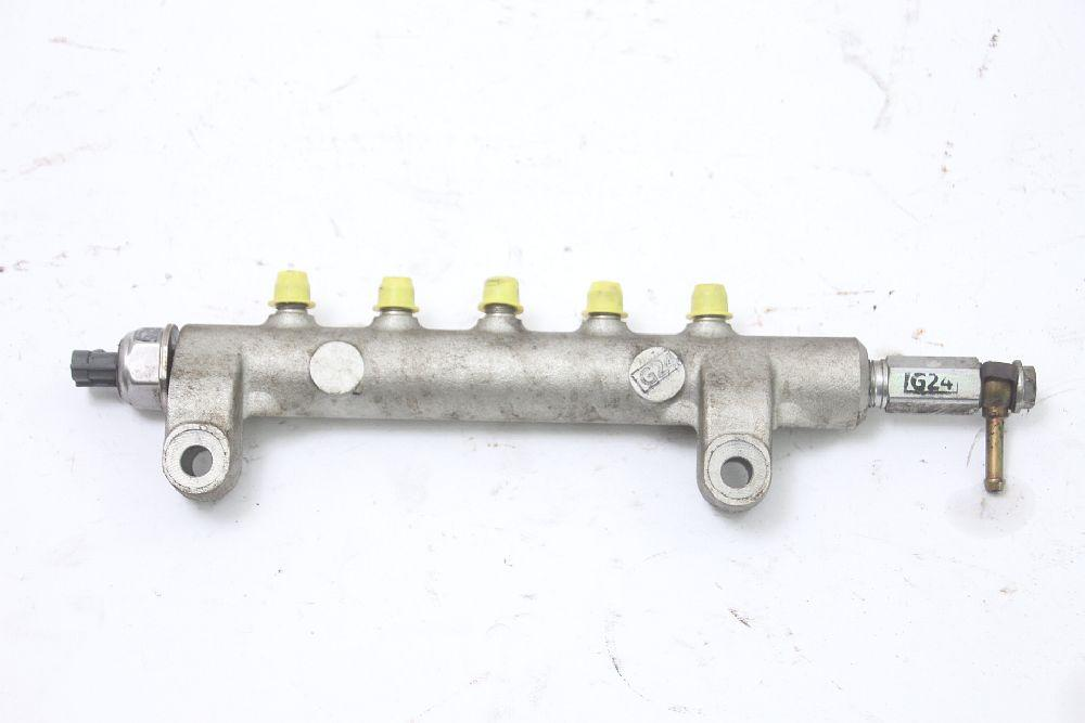 Verteilerrohr Nissan NAVARA D40 17520EB305 DENSO 2,5 128 KW 174 PS Diesel 08/200