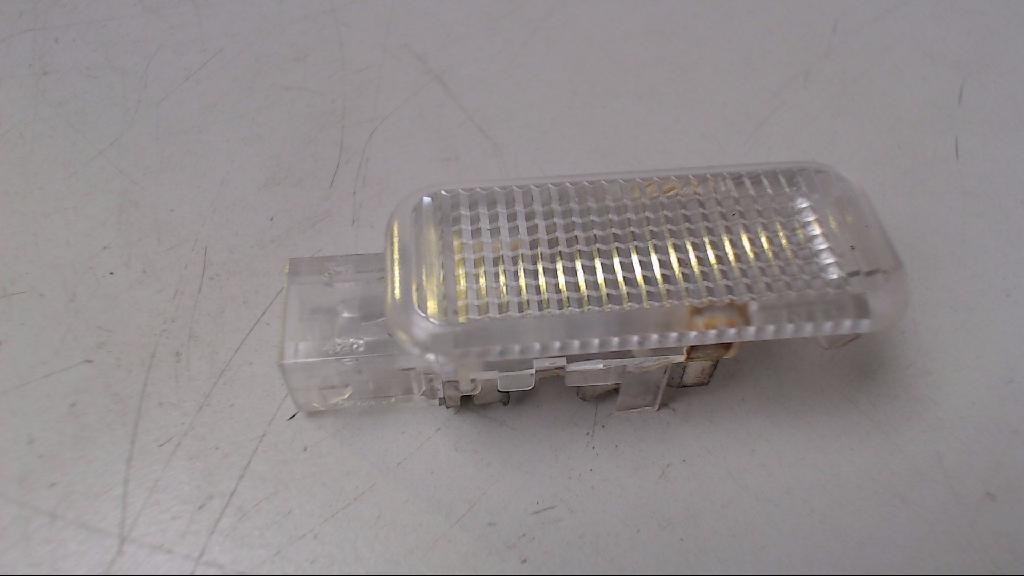 Türleuchte Leuchte Lampe Türe Weiss L  4B0947415 Audi Audi A3