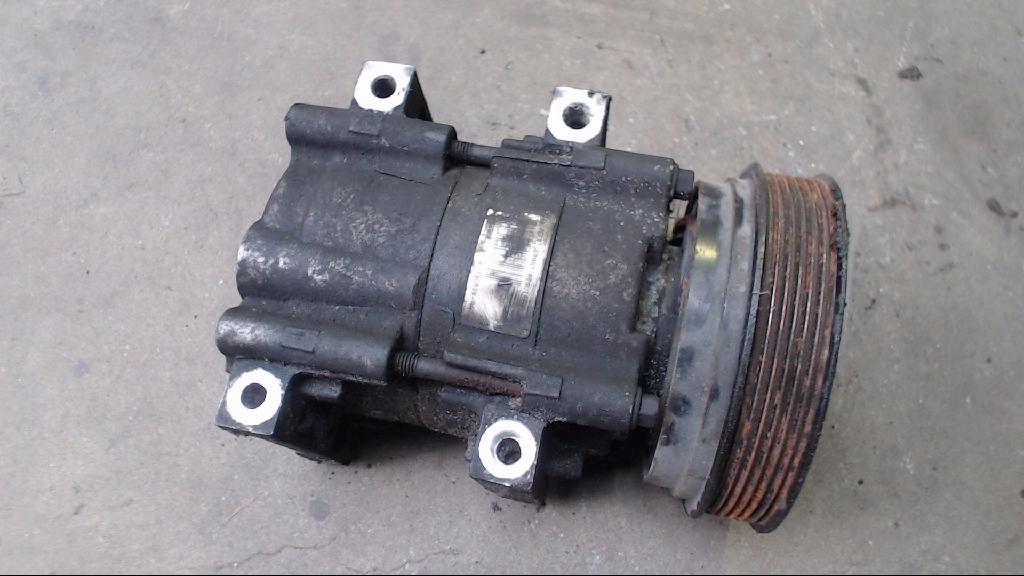 Kompressor Klimaanlage Klimakompressor 97FW-19D629-AA Ford Puma