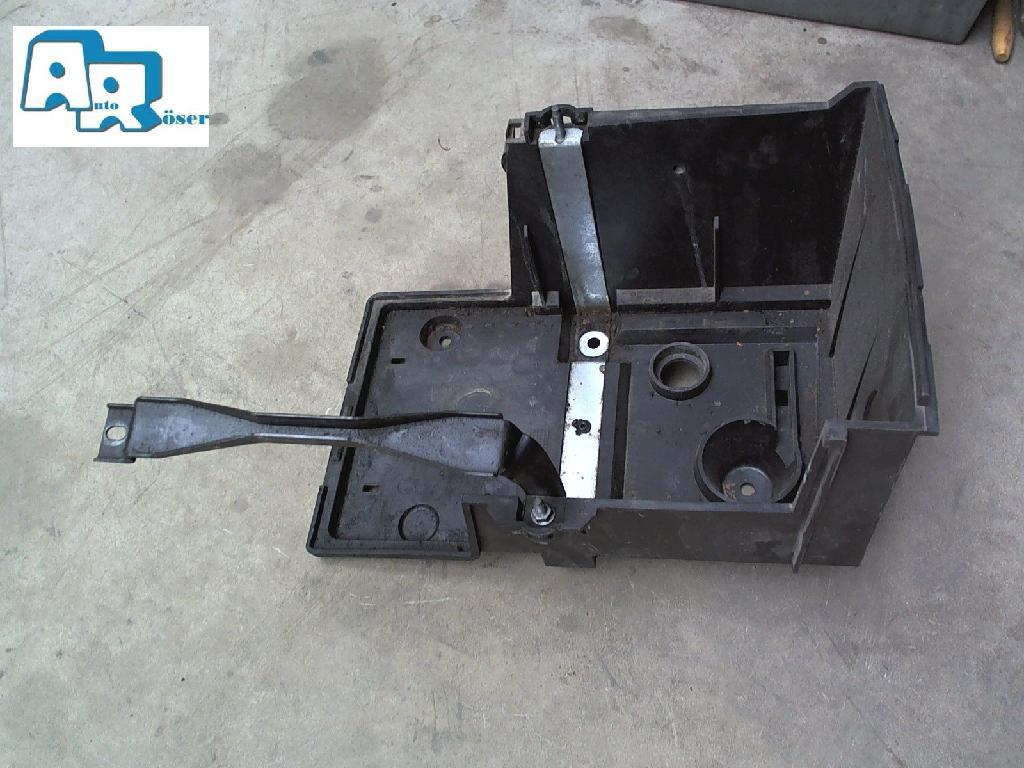 Batterie Träger 3M5110723 Ford Focus
