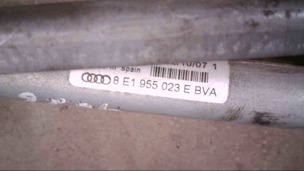 Scheibenwischergestänge Vorne 8E1955023E Bj 2007 Bild 3