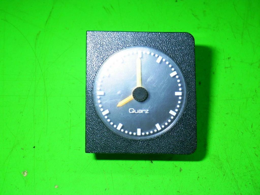 Uhr OPEL ASCONA C CC (84_, 89_) 1.8 i