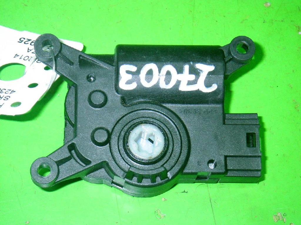 Stellmotor Lüftung rechts SKODA OCTAVIA Combi (5E5) 1.2 TSI 5Q0907511K