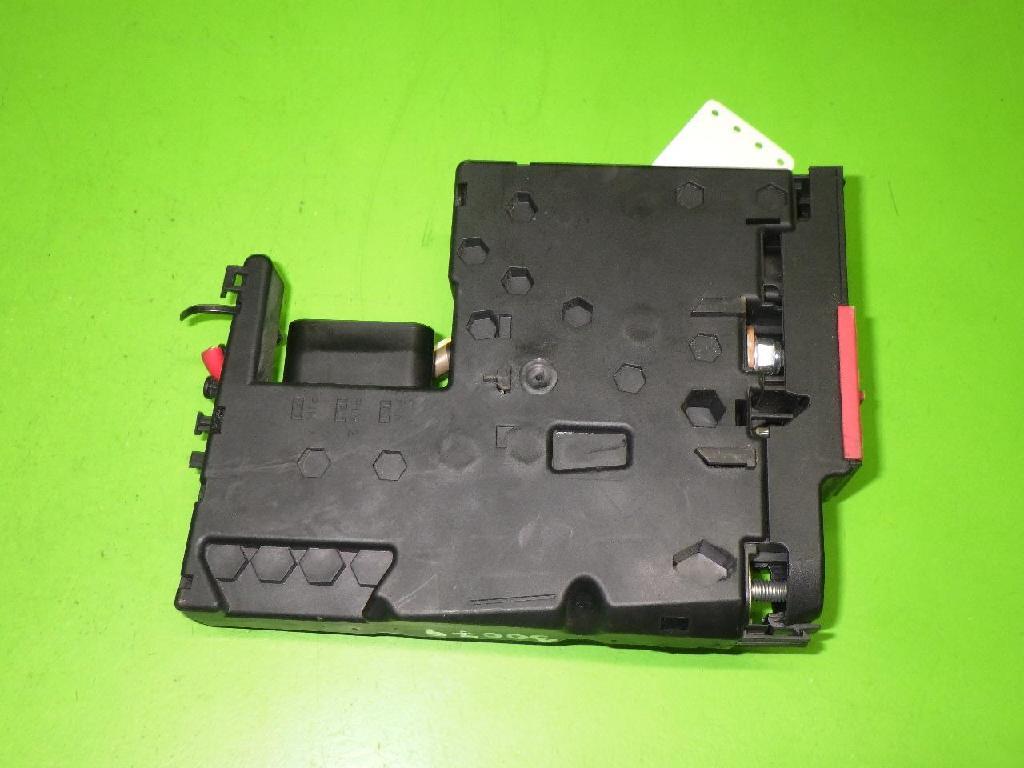 Sicherheitsbatterieklemme (SBK) MERCEDES-BENZ C-KLASSE Kombi (S204) C 350 CDI (204.223) Bild 2