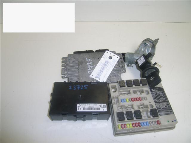 Steuergerät Motor NISSAN (DATSUN) MICRA III (K12) 1.2 16V MEC32110ZZ