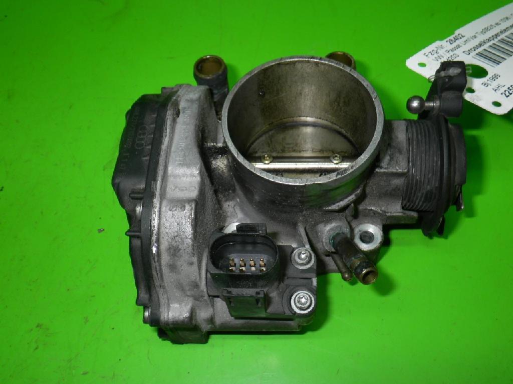 Drosselklappenelement VW PASSAT Variant (3B5) 1.6 058133063H
