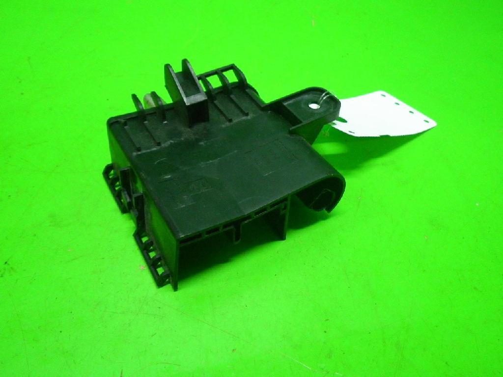 Sicherheitsbatterieklemme (SBK) AUDI (NSU) A3 (8P1) 3.2 V6 quattro B41991-B5478-Q13 Bild 2