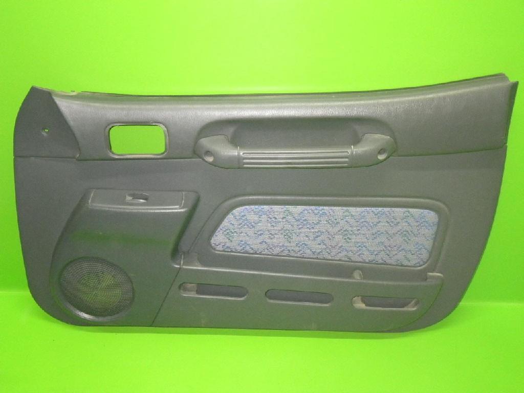 Türverkleidung rechts TOYOTA RAV 4 I (SXA1_) 2.0 4WD