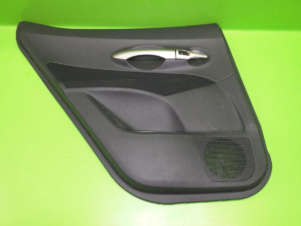 Türverkleidung hinten links TOYOTA AURIS (_E15_) 2.0 D-4D (ADE150_) 67788-X1700