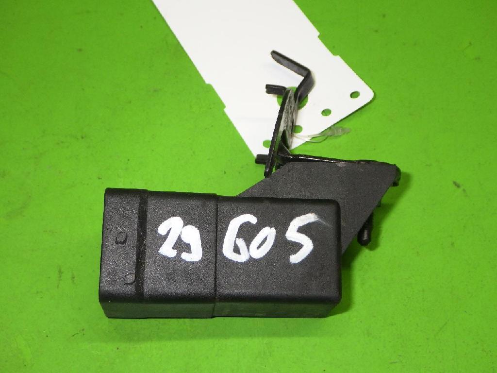 Relais Vorglühung OPEL VIVARO B Combi (X82) 1.6 CDTI (06) 0281003050