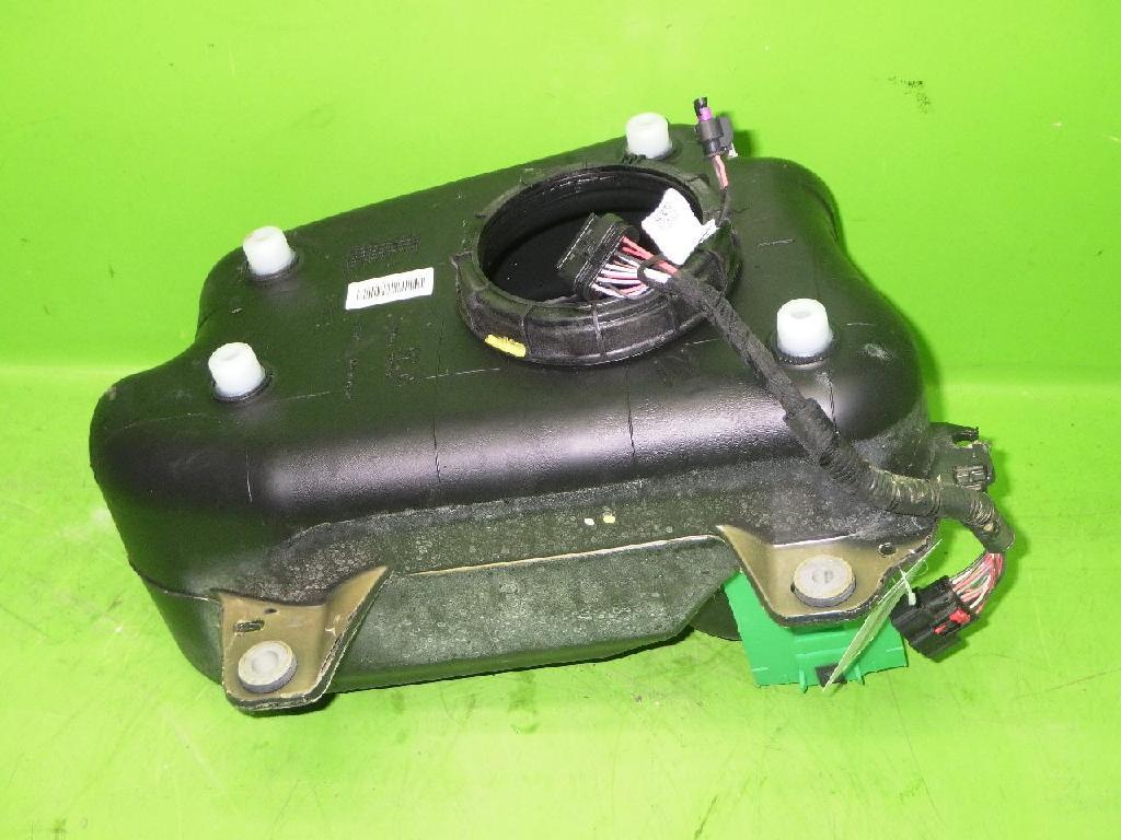 AdBlue Tank OPEL INSIGNIA B Grand Sport (Z18) 2.0 CDTi (68) 84277697 Bild 1