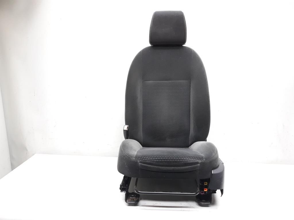 Ford Focus 2 Sitz Fahrersitz vorn links 5-türig 1,8TDCI 85kw KKDA BJ2005