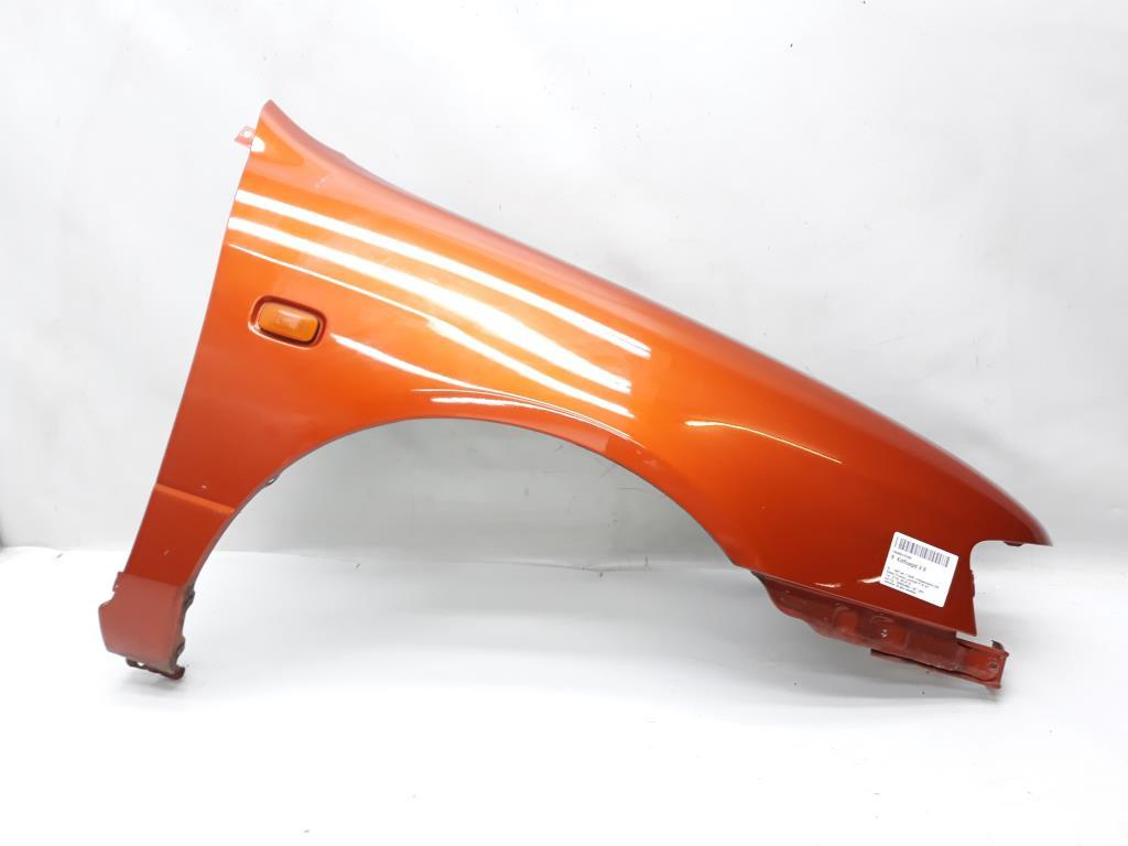Kotfluegel V R 631002J030 NICHT ZUTREFFEND Nissan Primera Lim/Kom P11e BJ: 1997